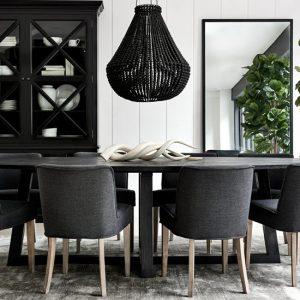 Hampton style dining room.